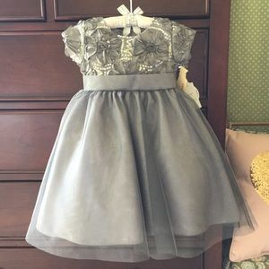 Grey Sequin✨Tulle Special Occasion 💐Dress Size 2t